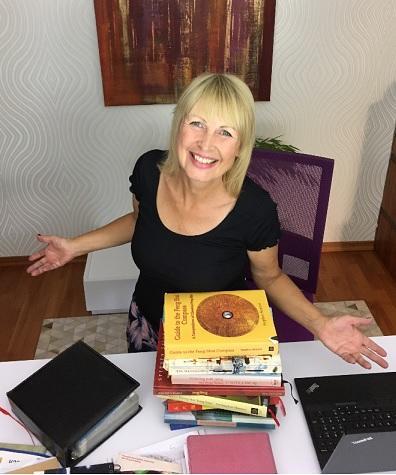 Petra Coll Exposito und Ihre Feng Shui Bücher