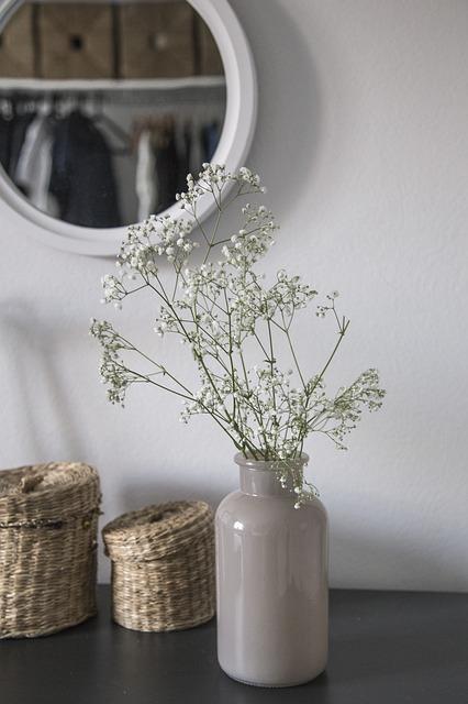 Rundes Spiegel im Schlafzimmer